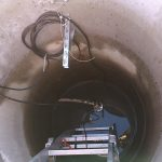 Uusittiin avokaivopumppu vanhaan kaivoon Orimattilassa